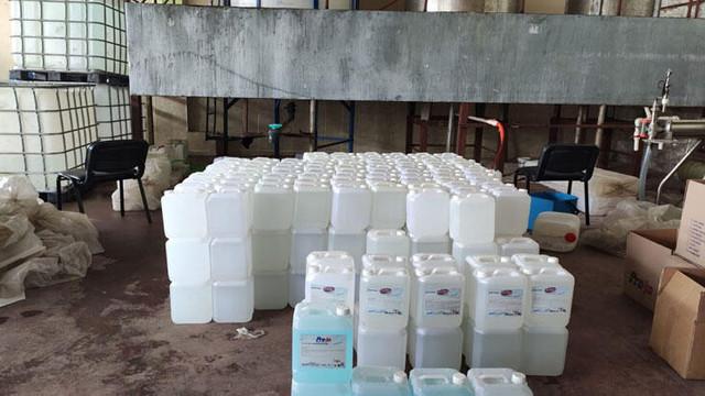 2 ton 600 litre sahte dezenfektan ele geçirildi
