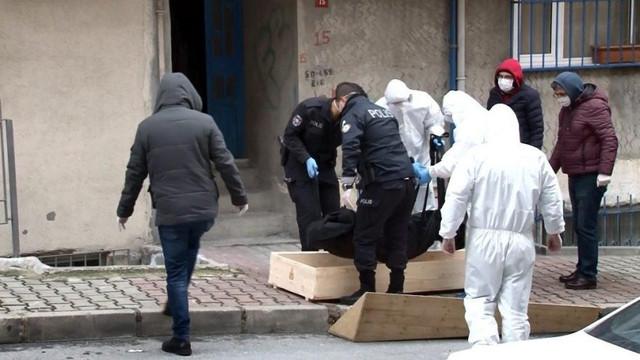 Evinde ölü bulunan kadında koronavirüs şüphesi