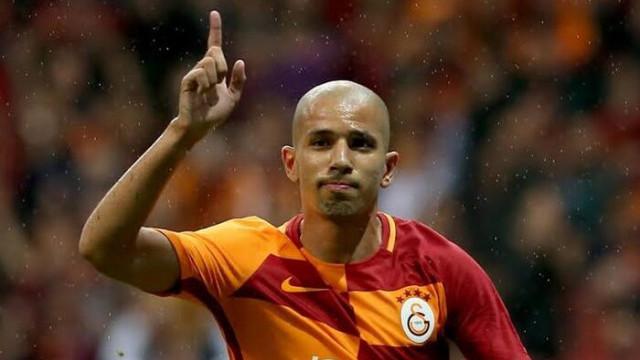 Al-Nasr Galatasaraylı Feghouli'nin peşinde
