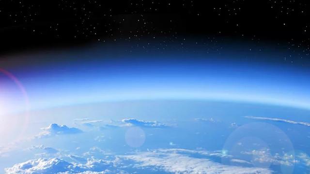 Ozon tabakasındaki en büyük delik kapandı!