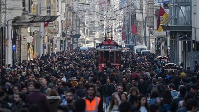 Türkiye'de sokağa çıkma yasağı uygulanan kaç kişi var ?