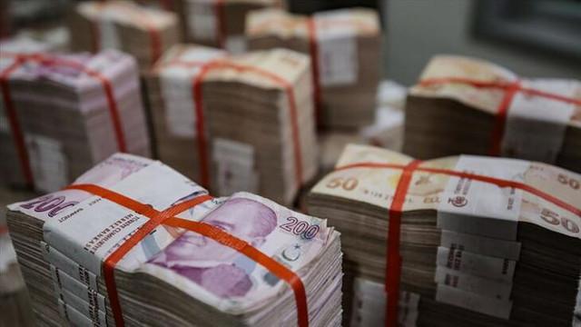 Hazine 6.2 milyar lira borçlandı