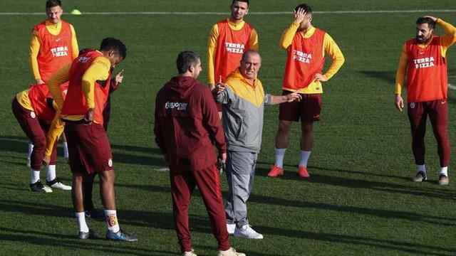 Beşiktaş'ın ardından Galatasaray'da da koronavirüs şoku