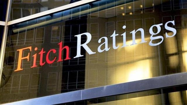 Fitch 3 Türk bankasının not görünümünü ''negatif''e indirdi