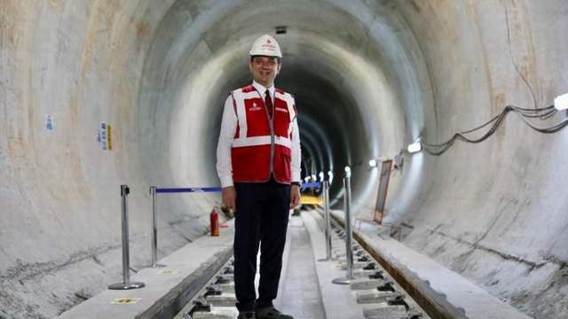 Ekrem İmamoğlu'ndan ''Ataköy-İkitelli Metrosu'' müjdesi