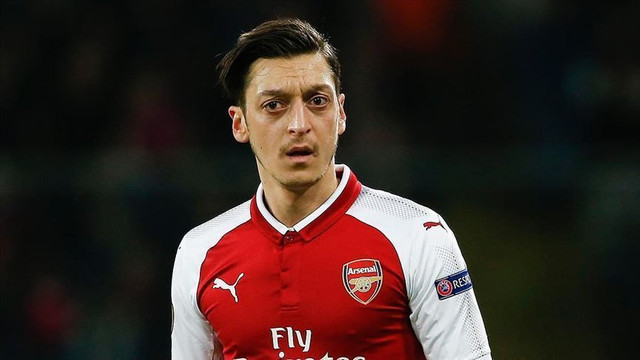Mesut Özil'e rekor teklif!