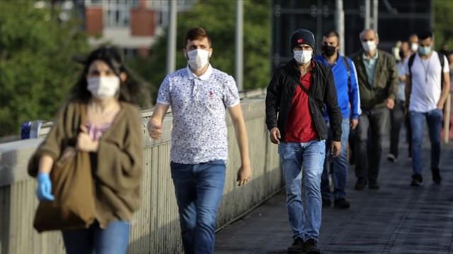 Bilim Kurulu Üyesi açıkladı: Ne zamana kadar maske takacağız?