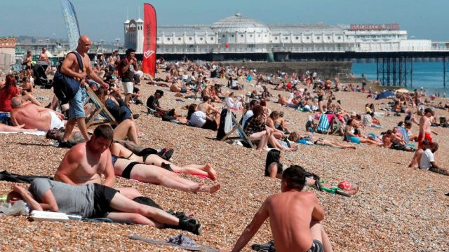 Uzmanlardan flaş uyarı: ''İkinci dalga plajlardan gelebilir''