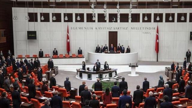 AK Parti Grup Başkanı Naci Bostancı'dan ''vekil transferi'' açıklaması