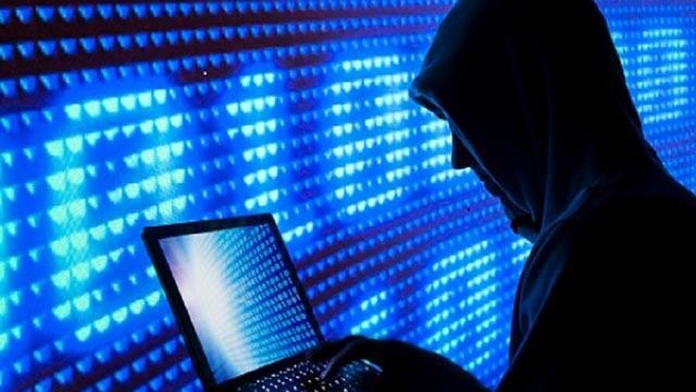 Kredi kartı bilgileri çalan 14 bin site kapatıldı!