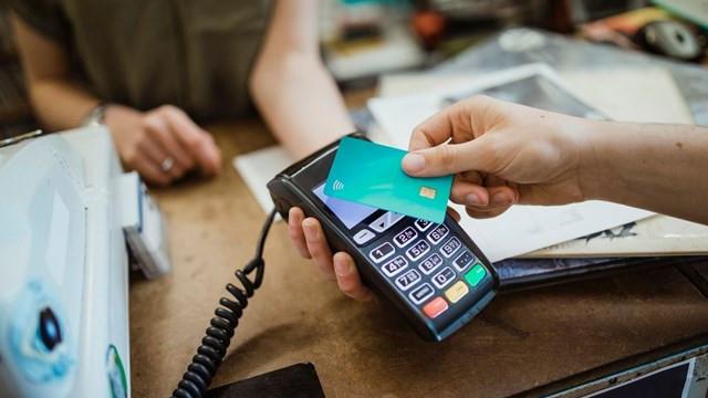 Bilim Kurulu üyesi uyardı: Kart banknottan daha riskli