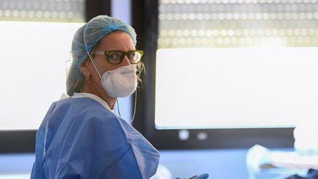 İtalya'da yeni koronavirüs vaka ve ölüm sayıları açıklandı