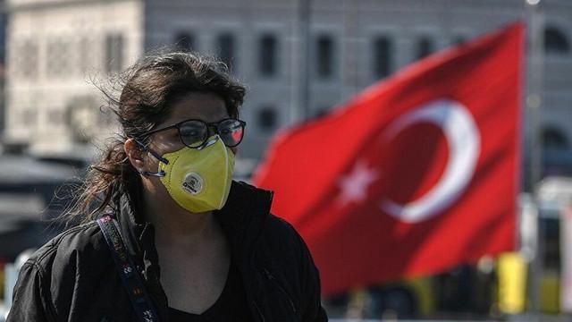 Türkiye'de salgının sona ereceği tarih açıklandı
