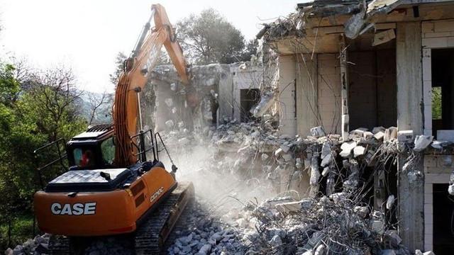 Bakan Kurum duyurdu! Muğla'da 499 kaçak yapı yıkıldı