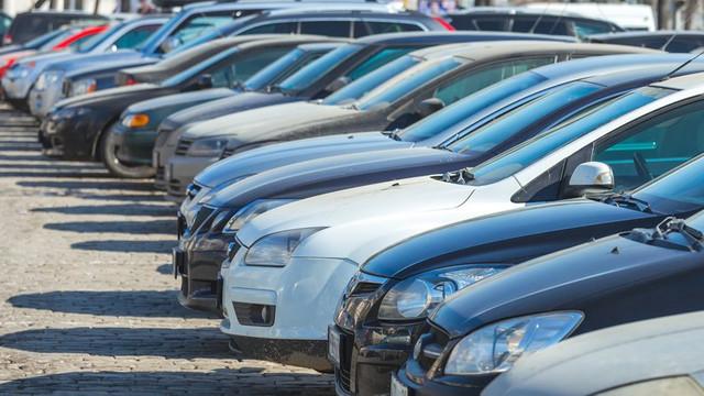 İkinci el otomobil satışları 17 yıl geriledi!
