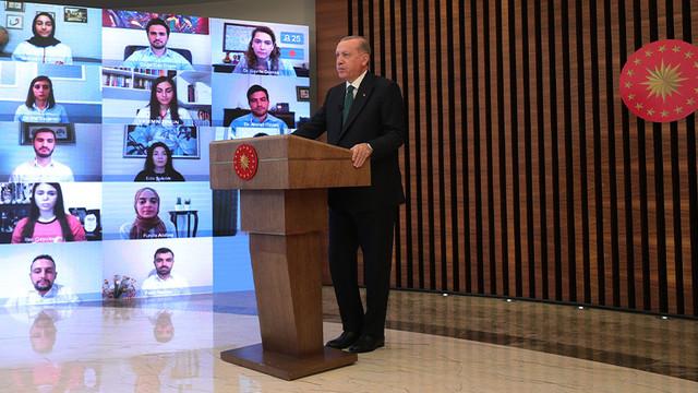 Erdoğan sigara içenlere müjdeyi verdi: ''Bindirmeye devam edeceğiz''