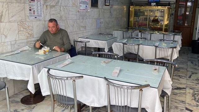Restoran ve kafeler kapılarını açtı