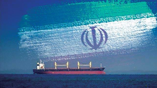 İran'ın gönderdiği beşinci petrol yüklü tankerde yerine ulaştı