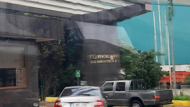 İYİ Partili Lütfü Türkkan'ın fabrikası mühürlendi