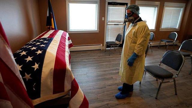 ABD'de koronavirüsten ölenlerin sayısı 123 bin 500'e yükseldi.