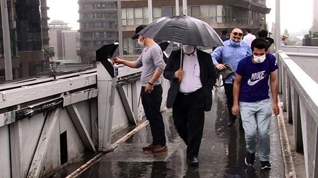 İstanbul'da yağmur yeniden etkili olmaya başladı!