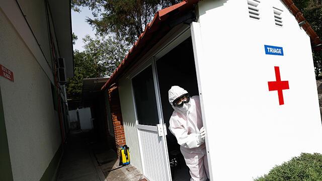ABD'de 1,1 milyon ölüye koronavirüs yardım çeki gitmiş!
