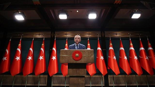 Cumhurbaşkanı Erdoğan: ''Kısa çalışma ödeneği bir ay daha uzatıldı''