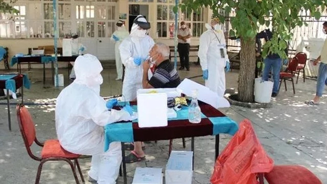 İzmir'de koronavirüs alarmı; vakalar arttı!