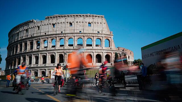 İtalya'da koronavirüsten ölenlerin sayısı 33 bin 774 oldu