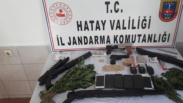Hatay'da büyük uyuşturucu operasyonu: 34 gözaltı