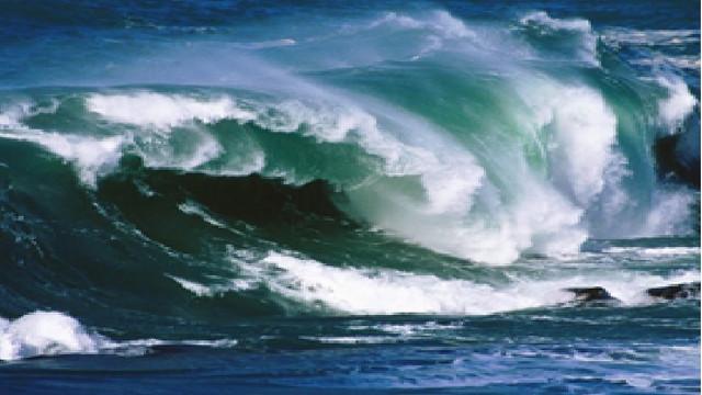 Bir çocuğu kurtarmak için denize giren 12 kişi boğuldu!