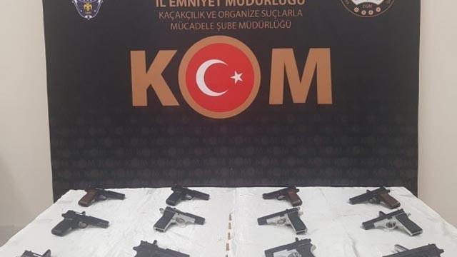 Giresun'da kaçakçılık operasyonu: 12 adet el yapımı silah ele geçirildi