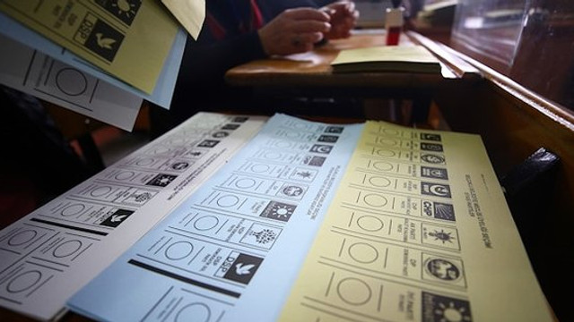 Son anket açıklandı; AK Parti eriyor, MHP Meclis dışı