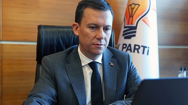 AK Parti'den diğer meslek örgütlerine gözdağı: ''Barolar ilk adımdı''
