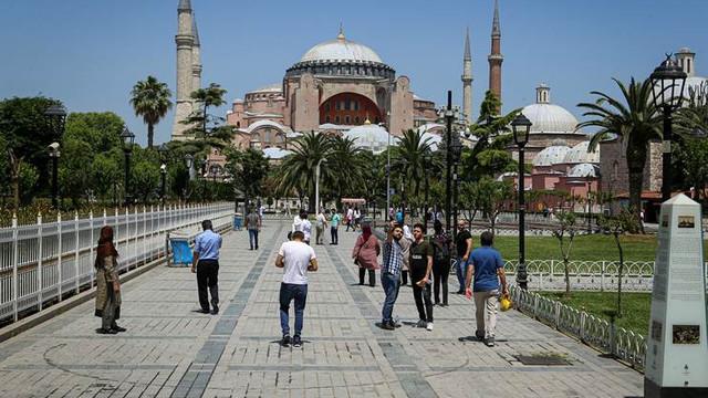 Erdoğan'ın kuzeninden Ayasofya çekilişi