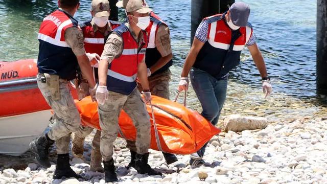 Van Gölü'nden çıkarılan ceset sayısı 61'e yükseldi!