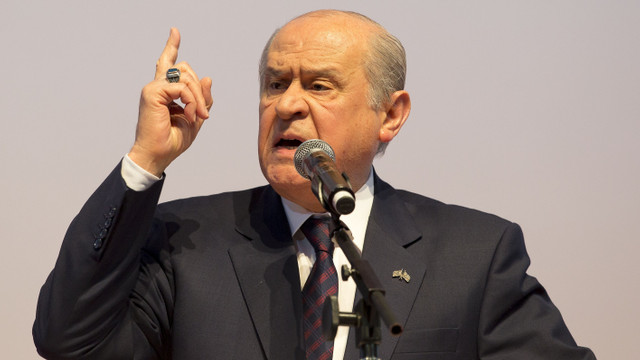 Bahçeli: Atatürk'e hakaret vatan hainliğidir!