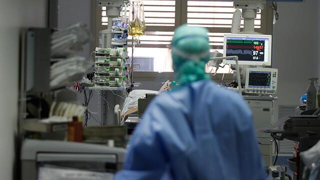 İtalya'da koronavirüsten can kaybı 35 bin 129'a yükseldi