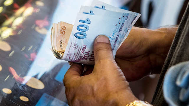 Financial Times'tan Türk Lirası yorumu