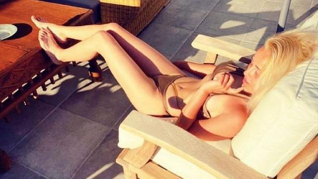Helin Avşar'ın bikinili paylaşımı olay oldu