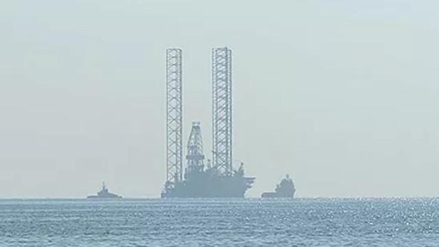 İsrail de doğalgaz için denize indi!