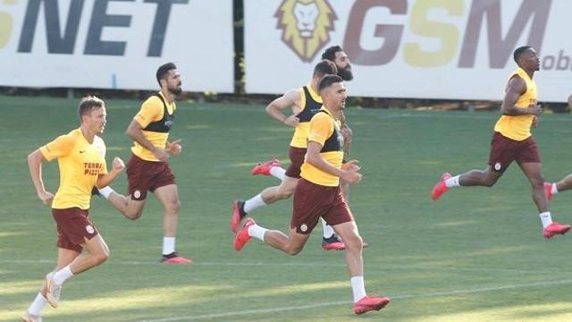 Galatasaray antrenmanında sürpriz!