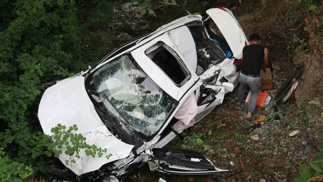 Cumhuriyet savcısı ve ailesi kaza geçirdi