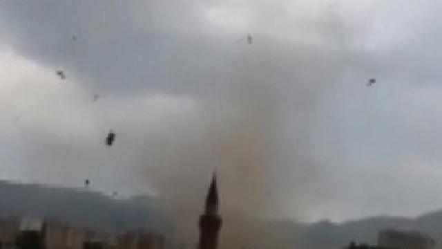 Erzurum'da ortaya çıkan hortum korkuttu
