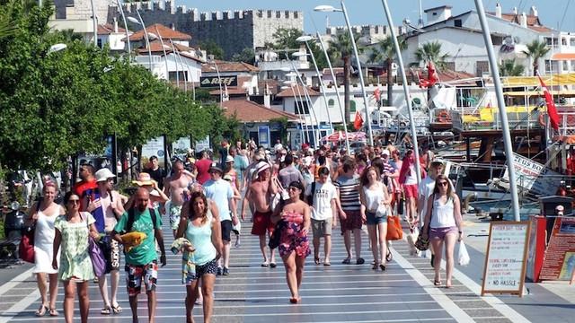 TÜRSAB başkanı: ''Turistler koşarak Türkiye'ye gelmeyecek''