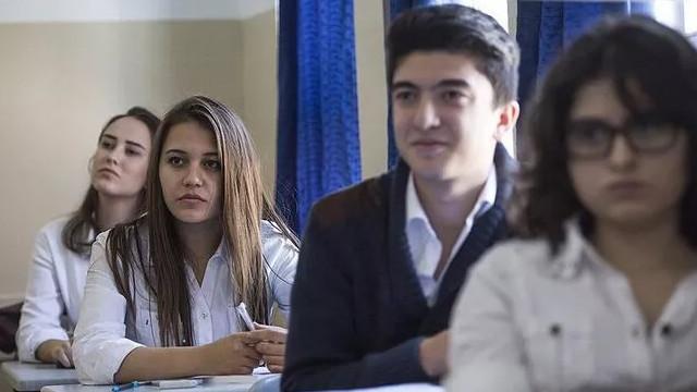 MEB açıkladı! Devamsızlıktan kalacak öğrencilere müjde!