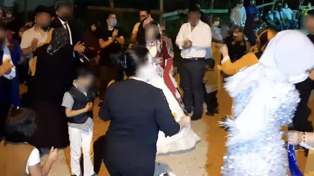 Koronalı anne kızının düğününe gelerek herkese virüs yaydı