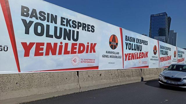 İstanbul'da güldüren afişler! Karayolları, İBB'ye rakip mi oldu?