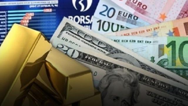 Piyasalarda ''çokomelli'' sabah: Dolar, Euro ve Altın zirveye tutundu