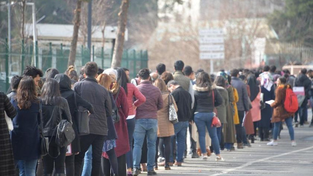 Ücretsiz izne çıkarılan işçilerin sayısı 2 milyona yaklaştı